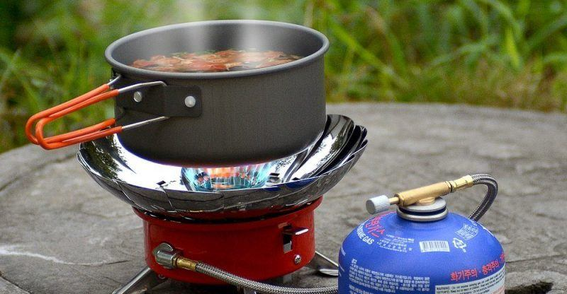 GUIDE TO CAMPING COOKWARE